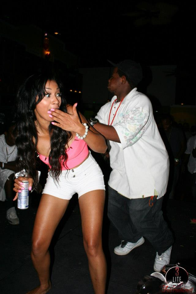karlie redd bahamas club 8 Love And Hip Hop Star Karlie Redd Parties In The Bahamas Dancehall Style [Photo]