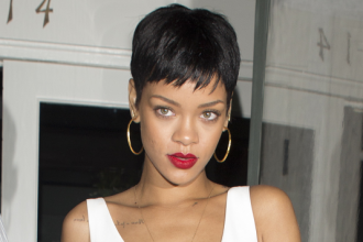 Rihanna Is Letting The World Know She Is Madly In Love With Chris Brown [Photo]