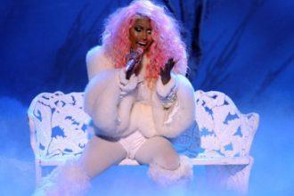 Nicki Minaj & Usher Performance At 2012 AMAs [Video]