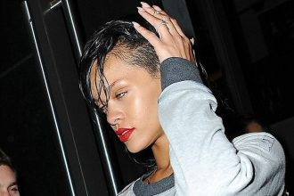 Rihanna Spotted Leaving Rehearsal For Victoria Secret Fashion Show [PHOTO]