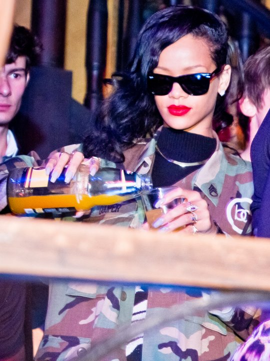 Rihanna And Chris Brown Parties Together In Berlin Photo