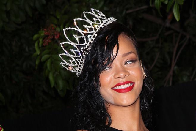 Rihanna pic 2013