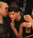 Rihanna Chris Brown lakers game1