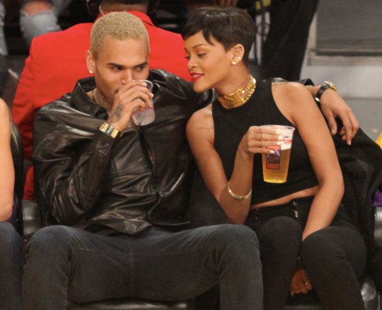 Rihanna chris brown lakers game 4