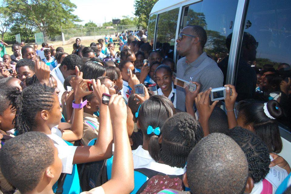 Usain Bolt xmas charity 1