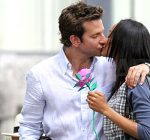 zoe saldana bradley cooper kissing