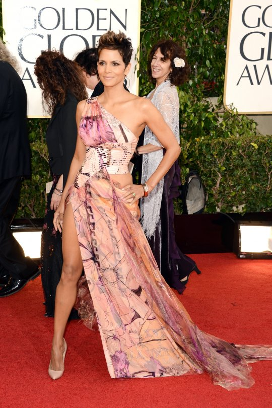 Halle Berry Golden Globe 2013