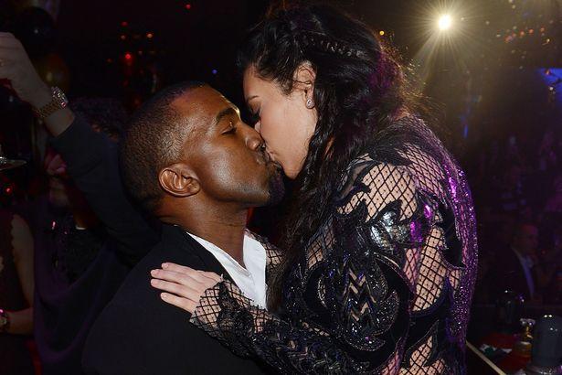 Kanye West Kim Kardashian kissing pic