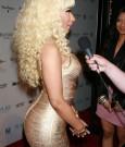 Nicki Minaj Blond Gold