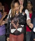 Rihanna 01262013