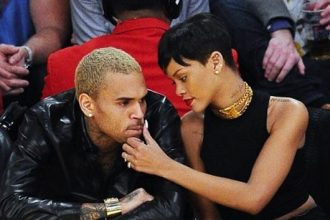 Rihanna And Chris Brown Rekindling Their Relationship AGAIN