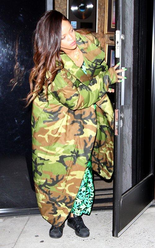 Rihanna1192013 1