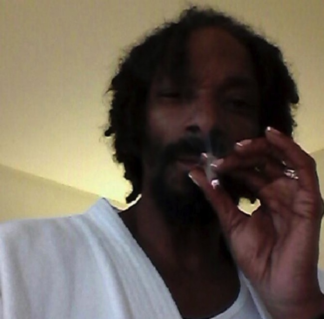 Snoop french manicure nails
