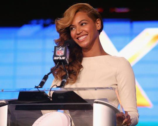 Beyonce press conf 2013