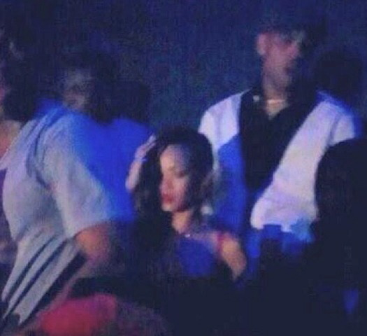Rihanna chris brown club