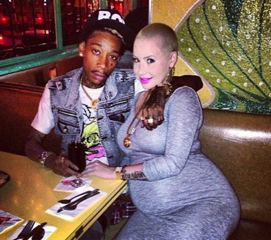 Wiz and Amber baby bump