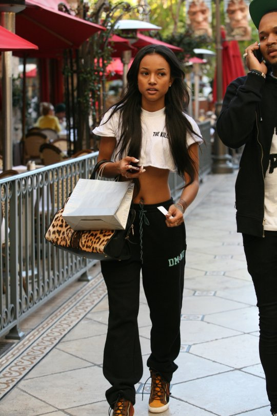 karrueche tran out shopping