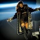 Rihanna Diamonds World Tour 8