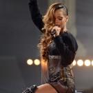 Rihanna diamonds world tour 1