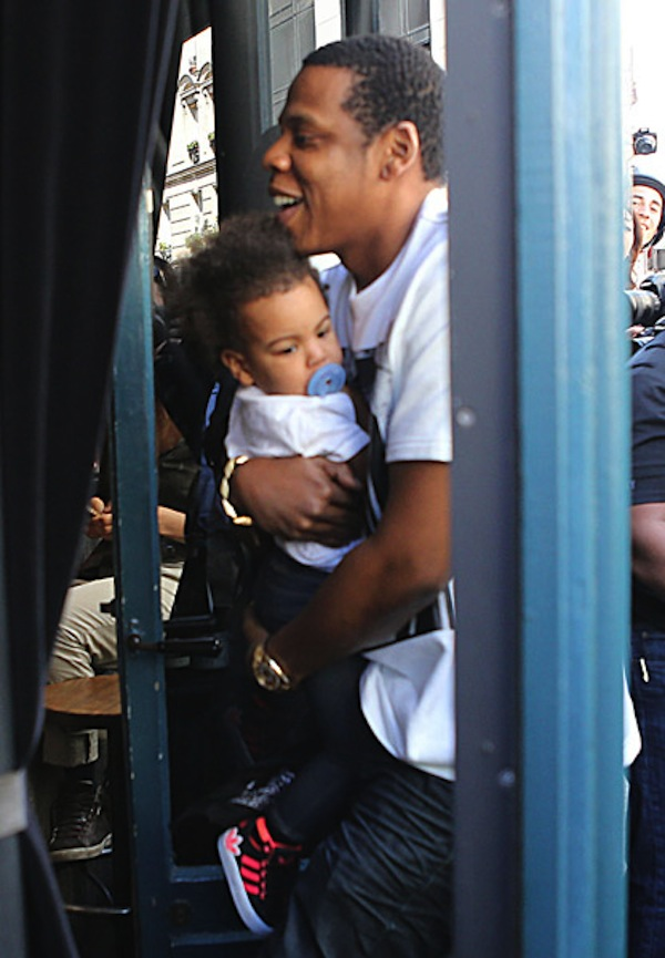 Jay-Z and Blue Ivy 04252013