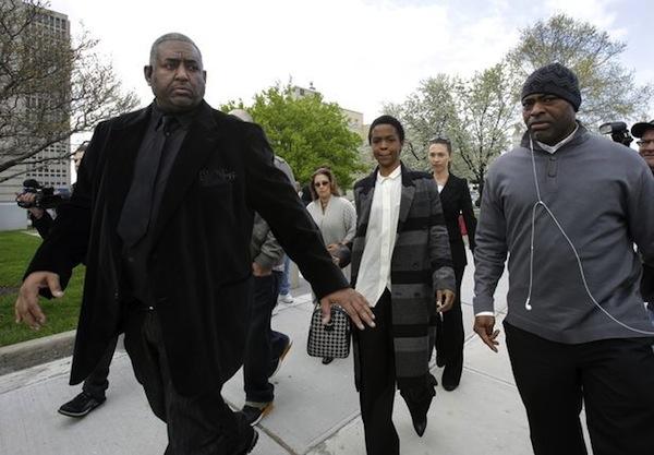 Lauryn Hill court date