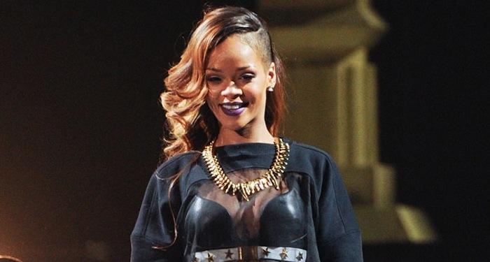 Rihanna Rewrites History AGAIN, Most No. 1 Pop Songs