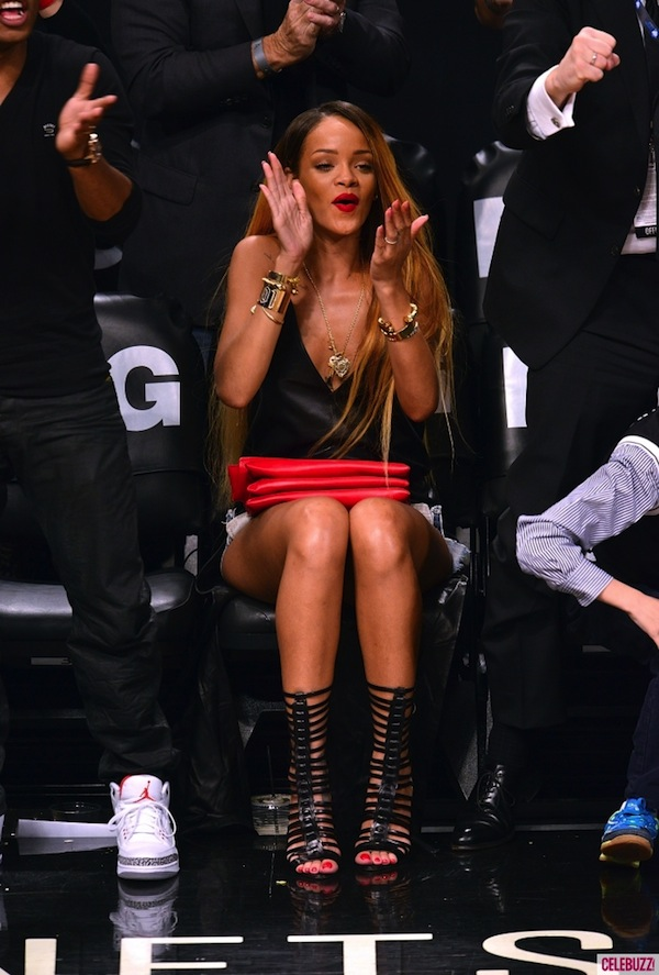 Rihanna courtside Nets game