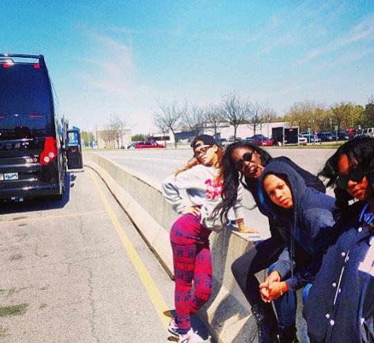 Rihanna tour canada