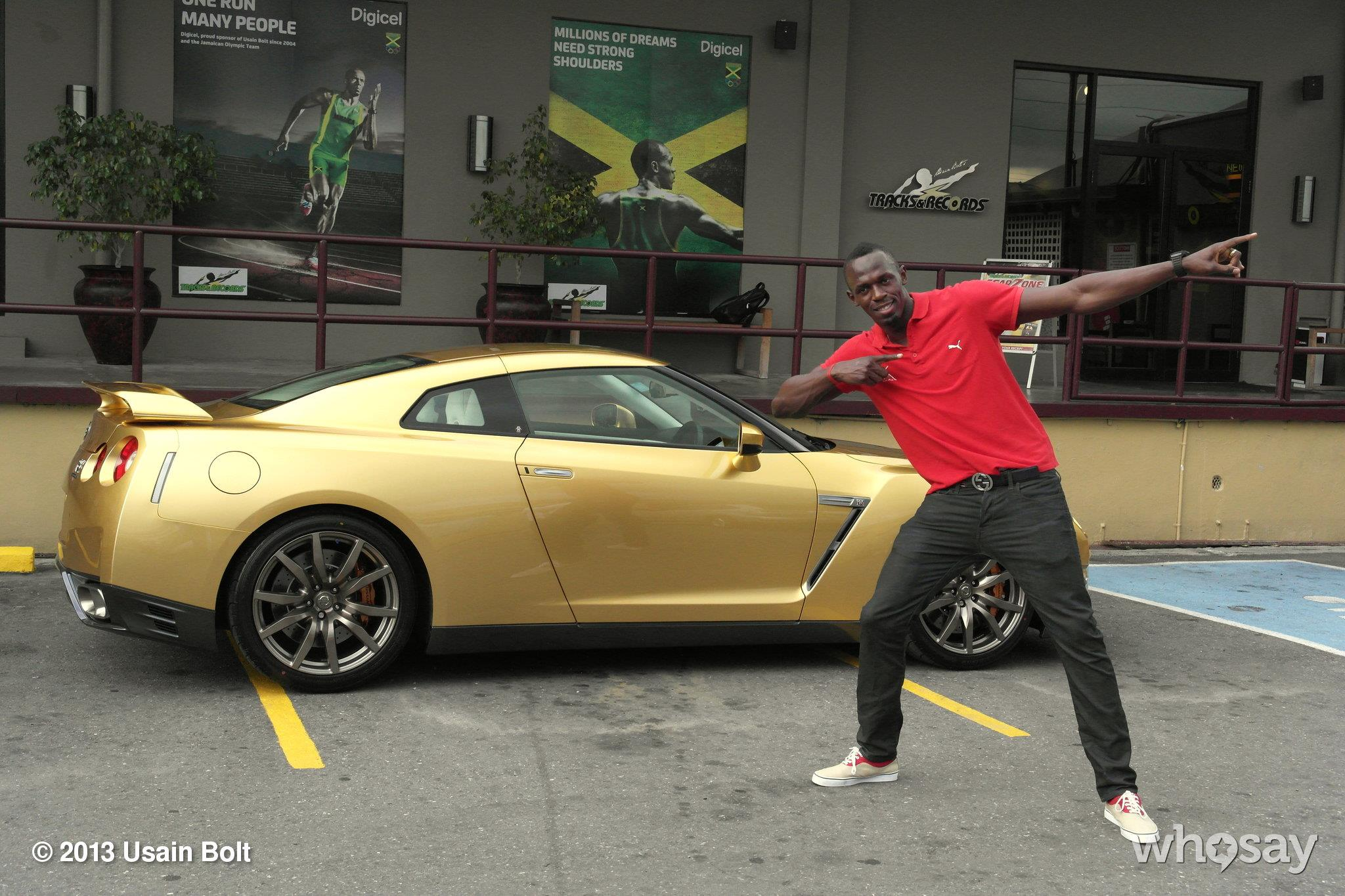 Usain Bold Gold Nissan GT-R photo