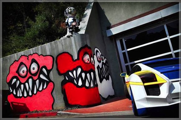 chris-brown-graffiti_ photo