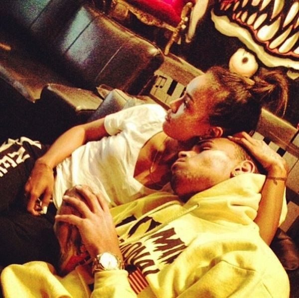 Chris Brown Leaves Thirsty Comments on Ex Rihanna's ...