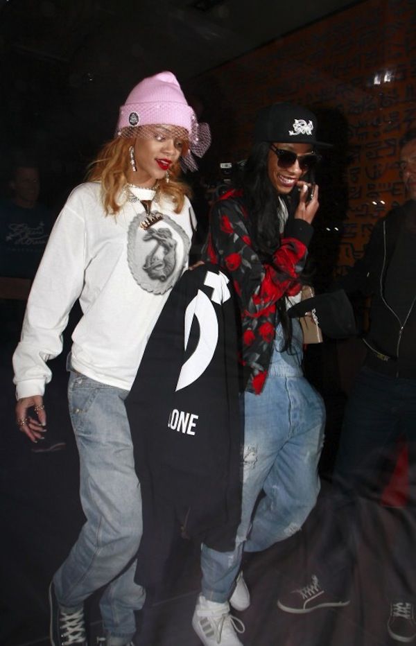 Rihanna and Melissa Forde amsterdam