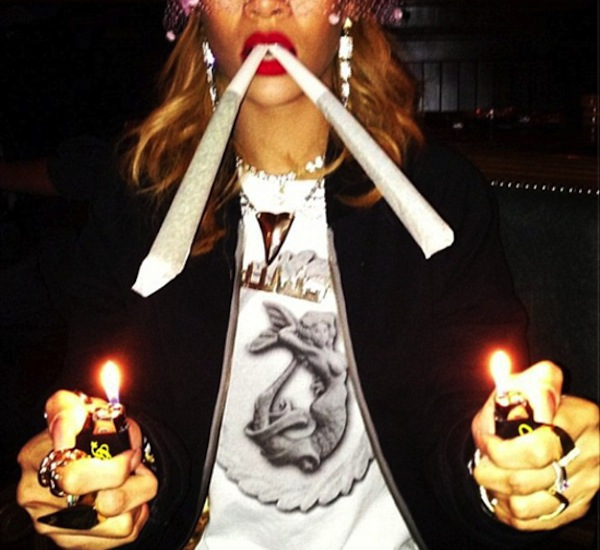 Rihanna big blunts