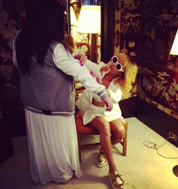 Rihanna coco chanel apartment