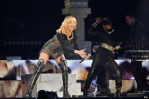 Rihanna concert london