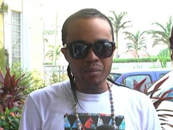 Tommy Lee In Belize