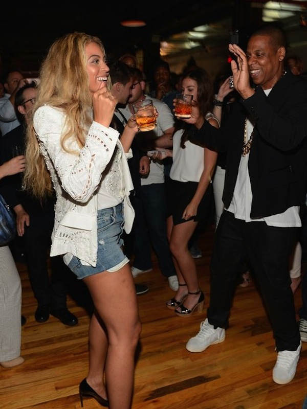Beyonce and Jay-Z dancing album party