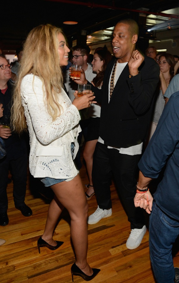 JAY Z And Beyonce dancing