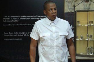 Jay-Z Pays Homage To The Real Magna Carta [PHOTO]