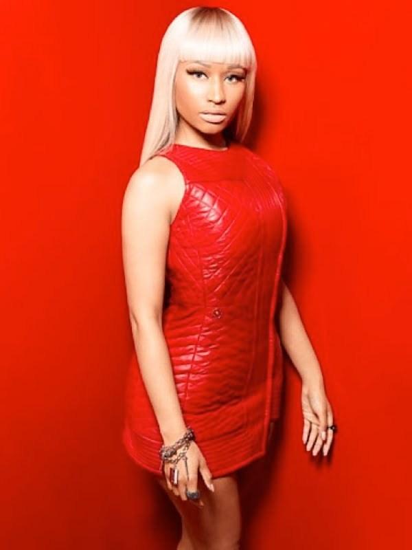 Nicki Minaj red hot