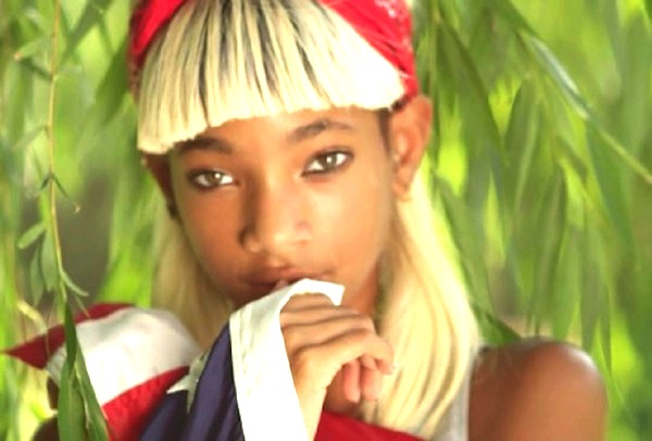 VIDEO: Willow Smith aka Melodic Chaotic – #Summerfling
