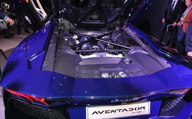 Lamborghini Aventador Roadster 2014 rear