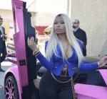 Nicki Minaj pink lambo 2