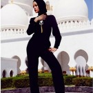 Rihanna at abu dhabi mosque 2
