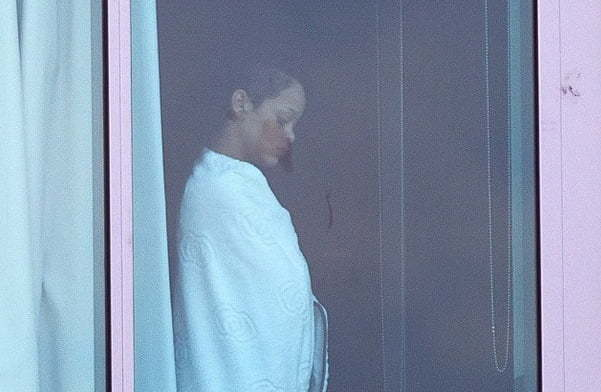 Rihanna-window
