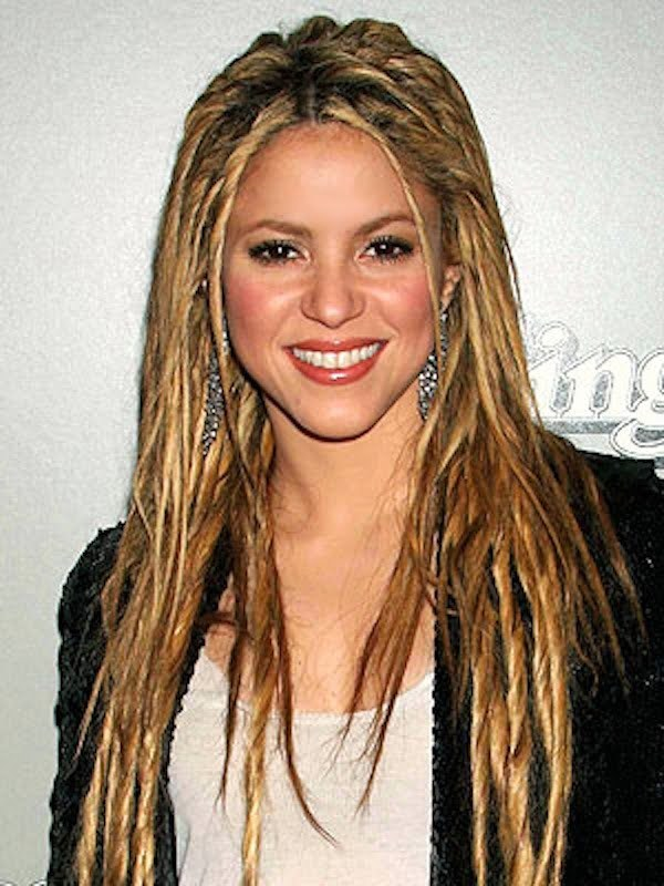Shakira dreadlocks
