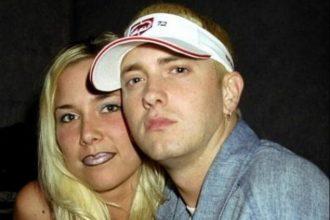 Eminem dating som 2013