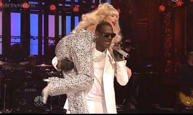 Gaga and R. Kelly SNL