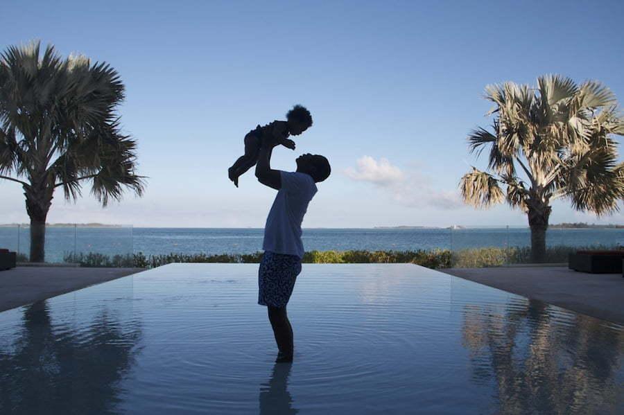 Jay-Z blue Ivy candid photo