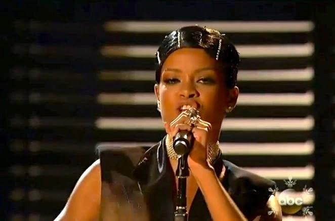 Rihanna diamonds amas